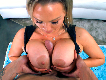 Huge Tits On This MILF Pornstar Get Fucked Nicely Milf Soup