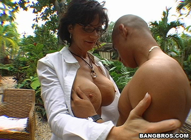 Milf Soup Triple Teaming My Friends Mom 78