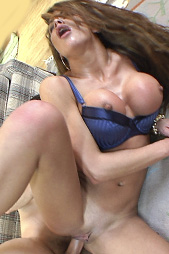 Hot latina milf Hunter Bryce