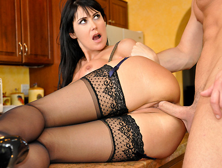 Eva Karera The Sexy Milf! Milf Soup