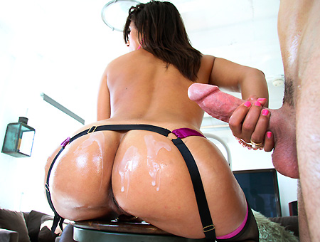Reena Sky Knows No Limit!! Milf Soup