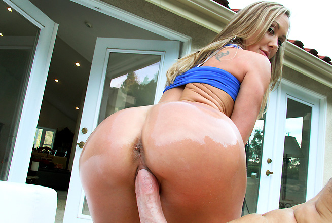Brandi Love milf porn video from MILF Soup