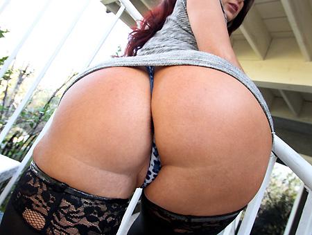 Super Hot MILF Tiffany Mynx Milf Soup