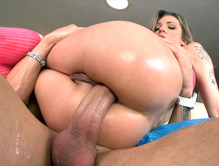 Bailey Blue – Her tight ass gets completely filled with dicks and toys