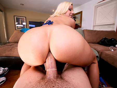 Lylith Lavey – Big Ass White Girls Love Anal