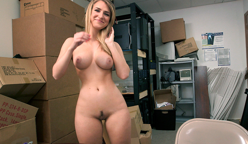 Blonde Milf Big Tits Hd