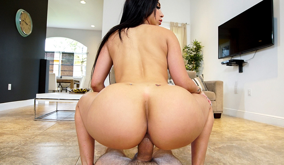 Monster Cock Doggystyle Pov