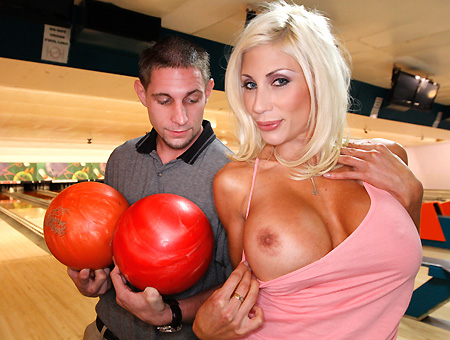 Puma Swede Fucks Fan