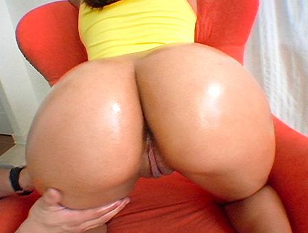 Extreme huge ass